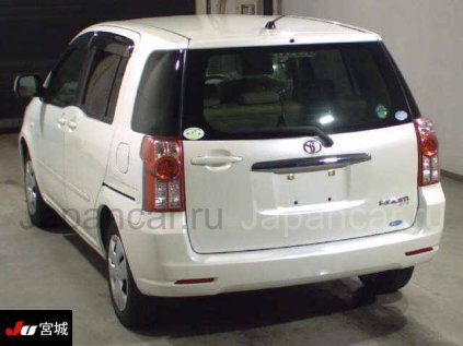Toyota Raum 2008 года во Владивостоке
