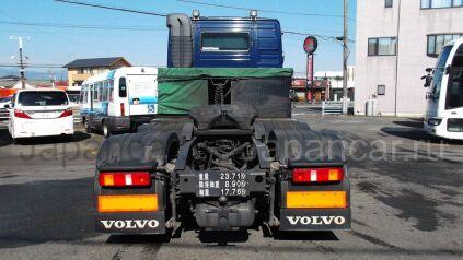 Седельный тягач Volvo FH-12 2005 года во Владивостоке
